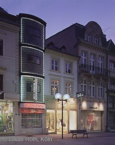 Architectural tour through the heart of the City of Luxembourg